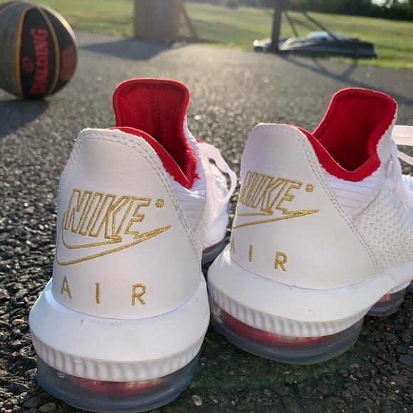 Nike LeBron 16 Low Draft Day